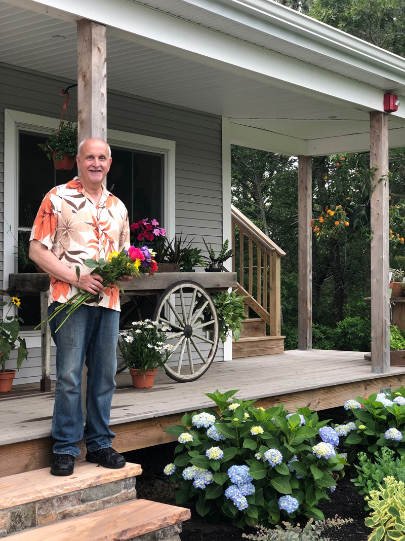 Chatham Florist, Sonny, Our Florist at stony Hill Exchange, Chatham, Cape Cod