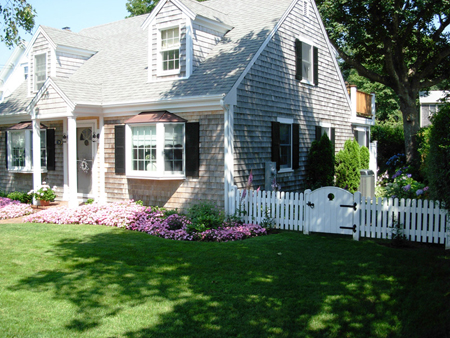 Cape cod style home landscaping 2017 2018 best cars for Landscaping for cape cod style houses