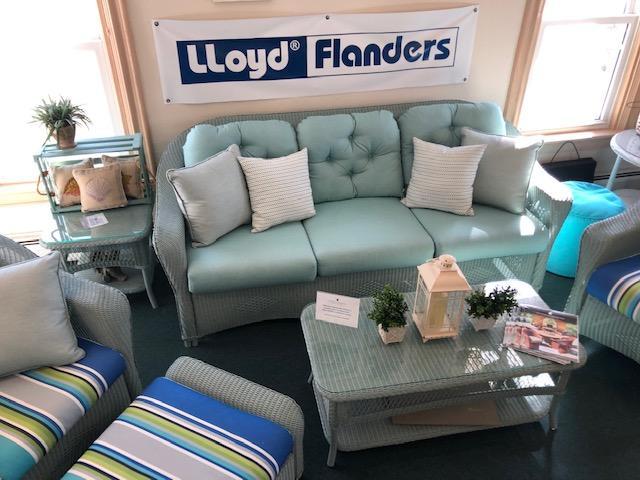 Seating Set | Lloyd Flanders